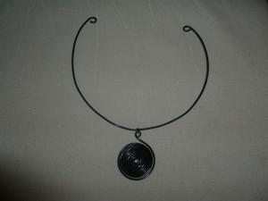 les colliers et pendentifs dans bijoux fevrier-2013-1-15-300x225